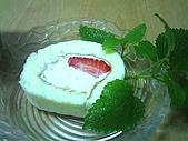 好吃的:諾貝爾草莓奶凍捲-1.jpg