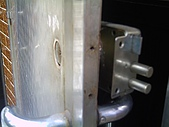 基隆特色:鎖被破壞 (2).jpg
