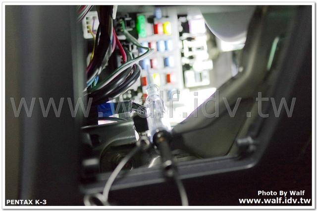 IMGP0289.jpg - LSB行李廂佈設電源插座與埋線