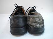 發霉處理:黑皮鞋發霉清潔保養前3.JPG