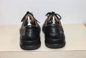 發霉處理:黑皮鞋發霉清潔保養後3.JPG