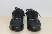 發霉處理:LV黑休閒鞋發霉清洗保養後1.JPG
